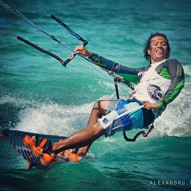 Doque Delos Santos started kiteboarding 2004 on Boracay and belongs to the world class.