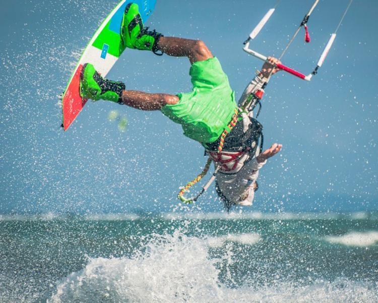 Daily kite clinics in freestyle kitesurfing with Taner Aykurt at Funboard Center Boracay.