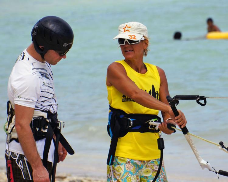 Kiteboarding-courses at Funboard Center Boracay by certified IKO Instructors.