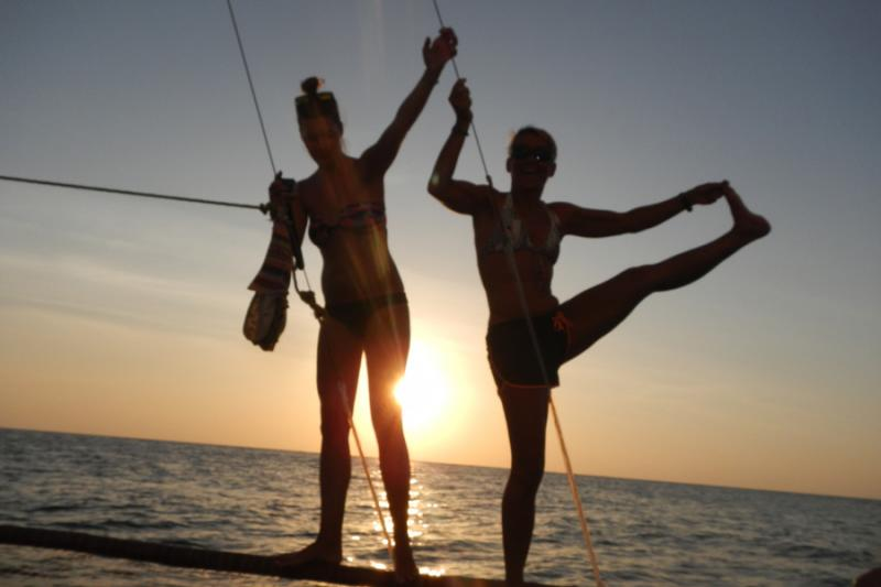 Sunset cruise during the YOGA-CAMP++ at White Beach of Boracay Island.