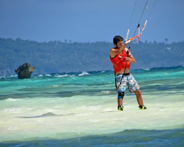 Cihan is waiting for his next heat in turquoise water at Bulabog Beach.