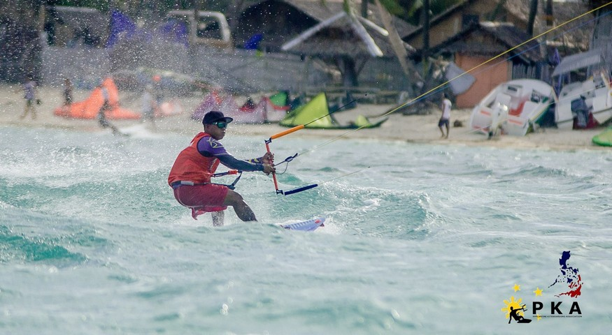 Kiteinstructor Glynn from Funboard Center is joining Twin Tip Racing at the PKA Boracay.