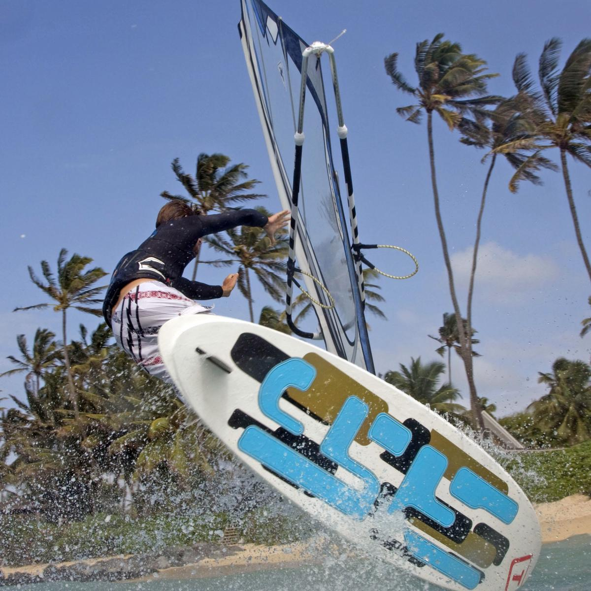 The 3 Style from Tabou board is tripple fun in only one surfboard.