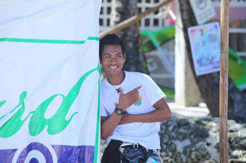 Gido is working since 5 years as a windsurf instructor at Funboard Center Boracay.