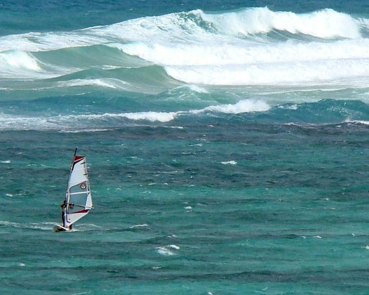 Funboard Center Boracacy meets Hawaii; increadable condition for windsurfing at Bulabog Beach