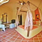 Reef Retreat at Bulabog Beach offers charming kingsize bedrooms.