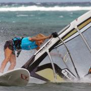 Faild Laydown jibe with windsurf instructor Simone at Funboard Center Boracay
